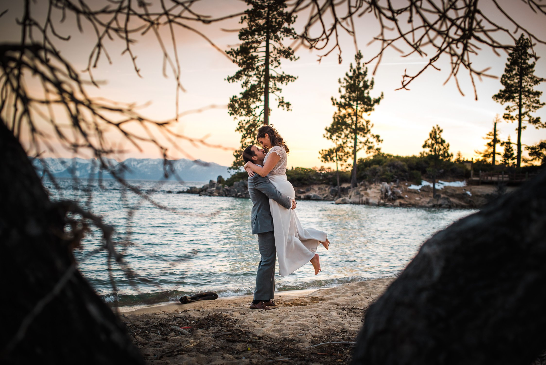 Lake Tahoe Wedding Photographers